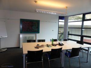 MIETE Salzburg-Stadt: GESAMTES DG! - 428 m² Büro/Praxis/Ausstellungs-/Gewerbefläche - RIEDENBURG - Rainbergstraße 3a - Top 6/DG