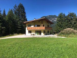 Privatverkauf: keine Provision: Exklusivstes Einfamilienhaus mit unverbaubarem Blick am schönsten, ruhigsten Platz in Leutasch, Grundstücksgröße 1199