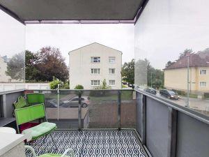 Zweizimmerwohnung mit Loggia am Stadtrand von St. Pölten