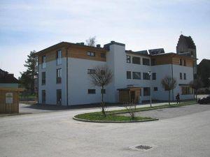 SENIORENWOHNEN! Gemütliche, geförderte, barrierefreie 2-Zimmerwohnung mit Garten! Mit hoher Wohnbeihilfe