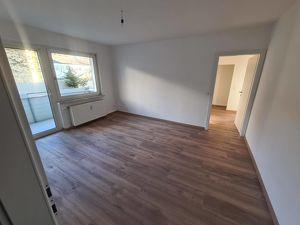 Neu renovierte 3 ZI – Wohnung 60,83m² inkl. Loggia/Balkon!  Provisionsfrei!