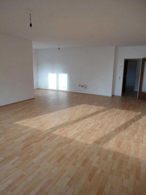 Schöne helle 3-Zimmer-Wohnung PROVISIONSFREI in Amstetten zu verkaufen!