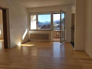 Gemütliche 2-Zimmer-Wohnung mit Küchenblock und Loggia in Allerheiligen/Mzt. !