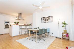 Schwechat - 4 Zimmer Mietwohnung mit traumhaftem, 200 m² großem, eigenem Garten!
