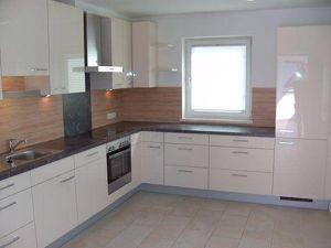 Wiesing: wunderschöne ca. 120 m² Wohnung in sonniger Lage