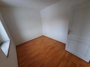 Leistbare Erdgeschoss  -  Singlewohnung in ruhiger Lage <br>- provisionsfrei & unbefristet!