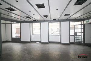 Sanierungsbedürftiges Geschäftslokal nahe der Universität für Musik und darstellende Kunst