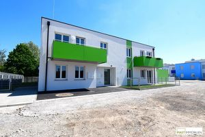 Beeindruckend aufgeteilte 2 - Zimmer Wohnung inkl. Küche & eigenen Stellplatz in Michelhausen --- ERSTBEZUG
