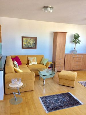 Modern möblierte 2-Zimmerwohnung mit Loggia  in zentraler Lage in Wien 2 mit Concierge-Service zu vermieten