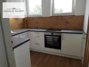 Helle Renovierte 3 Zimmer-Wohnung in Top Lage