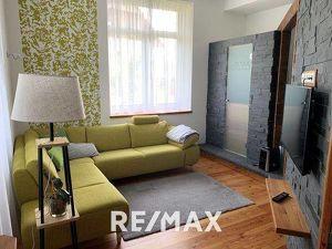 Ideale Wohnung, aufgeteilt in 2 Wohneinheiten, Blick auf den Dachstein!