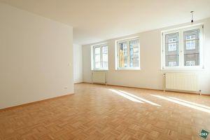 Sonnige, eben sanierte 2 Zimmer-Wohnung nähe Mariahilfer Straße