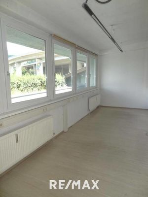 Kostengünstige Bürofläche inkl. Terrasse in Wilten mit ca. 123m² zu vermieten