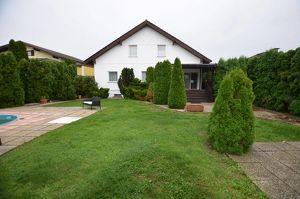 Großes und ruhig gelegenes 2 Familien-Haus in Sarasdorf ( nähe Trautmannsdorf )