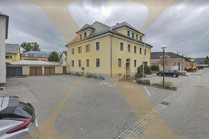 Optimales Bürohaus mit Doppelgarage in der Vorstadt von Schärdinger zu verkaufen