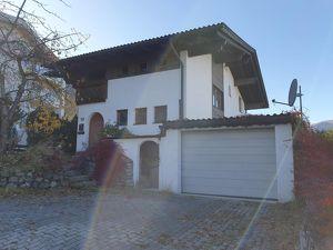 Wohnhaus in sonniger und ruhiger Lage in Axams