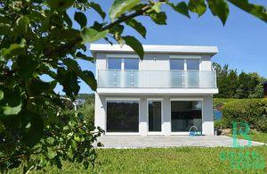 Provisionsfrei - Ein Stück Ruhe und Glück - elegantes Haus - Herrlicher Ausblick
