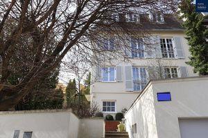 Elegante Villa in Neustift mit Wellnessbereich und herrlichem Garten