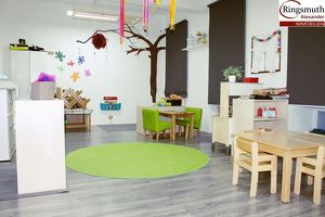 Kindergarten - unbefristete Fördermittel - Grünanlage vor der Tür - gute öffentliche Anbindung - Top Ausstattung