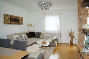 Geräumige 2 Zimmer Wohnung im Stadtteil Perau