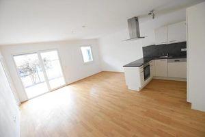 8073 Feldkirchen: Moderner Familientraum mit 4-Zimmern und Balkon