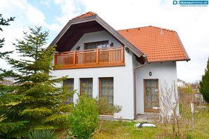 2525 Schönau an der Triesting, Architektenhaus in Ruhelage auf großem Grundstück
