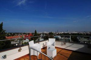 Herrschaftliche Villa in Bestlage mit Blick über Wien