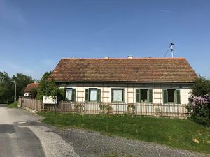 Charmantes Landhaus in idyllischer Lage - Nähe Jennersdorf