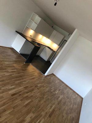 Hochwertig renovierte Wohnung Kliniknähe