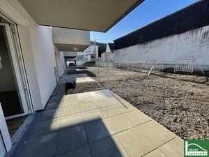 TOP LAGE! ERSTBEZUG! - 3-Zimmer HIT mit Garten! Perfekt für Pendler durch die Bahnhofsnähe!!