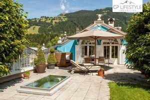 Wunderschöne Dachgeschosswohnung in Altstadtvilla mit Indoor-Pool