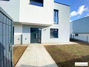 Schlüsselfertiger Erstbezug! Neubau-Doppelhaushälfte mit exklusiver Ausstattung - nur 15 Minuten von Wien entfernt