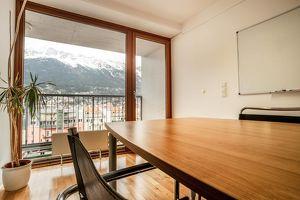 !TOP Innenstadtlage! Modernes Büro & Seminarraum und Balkon