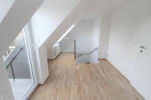 DG-MAISONETTE **  ERSTBEZUG 106 m² ** 3 Zimmer ** Terrasse 5 m²