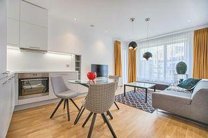 **Neu sanierte Wohnung mit Loggia+ Tiefgarage in Judendorf-Straßengel**