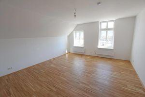 8700 Leoben: Frisch sanierte sehr helle Single-Wohnung