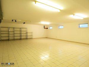 Schöner Hobbyraum und Abstellraum mit WC / Nähe Großfeldzentrum