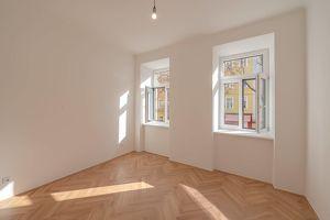 ++Projekt TG 17++ ideal geschnittener 3-Zimmer ALTBAU-ERSTBEZUG mit 7m² Balkon, umfassend saniertes PROJEKT!