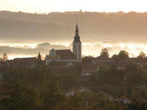 Wohngebäude mit 15 Mietwohnungen barrierefrei mit Lift in Toplage in Fürstenfeld! 2,65% Nettorendite