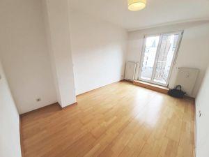 2-Zimmer Wohnung mit Balkon im 9. Bezirk - Nähe Roßauer Kaserne und Donaukanal