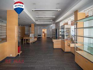 Mitten im Zentrum von Hittisau: Ihr neues Ladenlokal mit genügend Stauraum