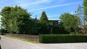 Ziegelmassivhaus mit großem Garten sucht neuen Besitzer