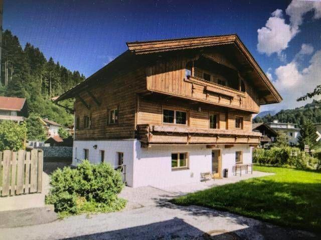 Freistehendes renoviertes Chalet (280 m2) im Hopfgarten in Brixental