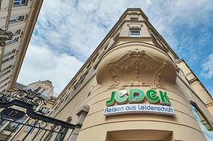SEHEN UND GESEHEN WERDEN: Eck-Geschäftslokal in historischem Gemäuer!