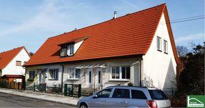 AUF EIGENGRUND!!! KLEINE KOLONIE! Traum-Häuser und Grünflächen! TRAUMHAFTE SANIERTE REIHENHÄUSER!