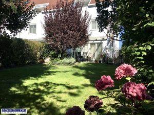 Großzügiges Eckreihenhaus mit schönem Garten