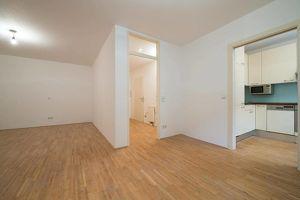 großzügige 2 Zimmer-Wohnung in ruhiger Einbahnstraße in Währing! (EG)