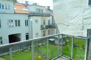 Sonnige 3-Zimmer-Wohnung mit Balkon und Grünruhelage