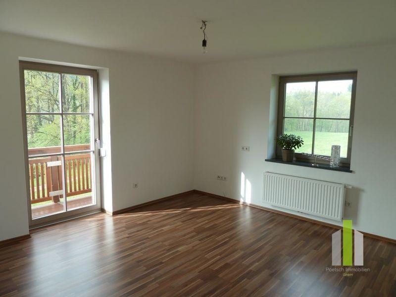 Helle, freundliche 2-Zimmer-Wohnung mit Balkon in Hallwang