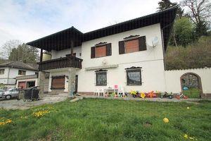 Sonniges Mehrfamilienhaus mit großem eingezäunten Grundstück zwischen Feldkirchen und St/Veit an der Glan